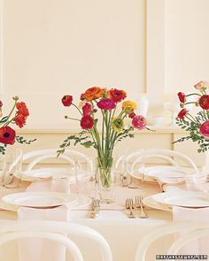 Great pops of color with this simple look! Flowers used: Bunches of Ranunculus