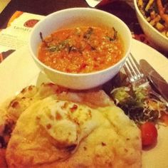 tamatanga curry and naan #tamatangas on Tagboard Naan, Curry, Tasty, Chicken, Ethnic Recipes, Photos, Food, Curries, Pictures