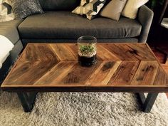So let us take you in a reclaimed plank table ideas journey so you get pinning and saving for later to help you decide what can be done to improve your home. These reclaimed plank table ideas will assist you with figuring out what innovative ideas you can go for when choosing to create that unique furniture piece you will love to own, and, who knows, maybe you can even turn these into doing it yourself projects, shall you be one of those handy artsy people. Diy Coffee, Cool Coffee Tables, Diy Table, Coffee Table Inspiration, Crate Coffee Table, Coffee Table Wood, Chevron Coffee Tables, Ottoman Coffee Table, Coffee Table