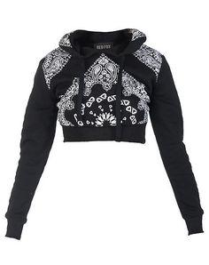 RED FOX Cropped sweatshirt with bandana print Long sleeves Adjustable drawstring on hood... True to size. 100% cotton. Black HD412.