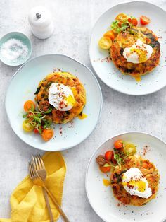 A great way to turn your Christmas leftovers into something special for the whole family. Healthy Turkey Mince Recipes, Easy Turkey Recipes, Leftovers Recipes, How To Make A Poached Egg, Perfect Poached Eggs, How To Cook Eggs, Egg Recipes For Breakfast, Savory Breakfast, Easy Home Recipes