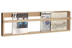 Mit dem Wandregal aus Eiche von Hübsch Interior bringen Sie Ihre Lieblingsbücher auf dekorative Weise an die Wand. Jetzt bei car-Moebel entdecken.