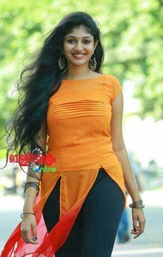 Soft looking hot girl Beautiful Girl Indian, Most Beautiful Indian Actress, Beautiful Actresses, Beautiful Saree, Beautiful Women, Simply Beautiful, Beauty Full Girl, Beauty Women, Hot Actresses