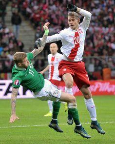 Lukasz Piszczek and James McClean at at the UEFA Euro 2016 Qualifying (Poland vs Ireland) Copyright B&O Press Photo. Uefa Euro 2016, Republic Of Ireland, Super Sport, Press Photo, Fifa World Cup, Poland, Football, Sports, Soccer