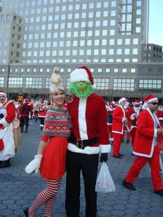 I LOVE this Cindy Lou Who costume for SantaCon!!