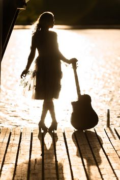 Rippikuvaus Senior photography Girl and a guitar sunset photo of a girl Guitar Photography, Senior Girl Photography, Professional Portrait, Sunset Photos, Portrait Photographers, Finland, Tattoo Ideas, Studio, Art