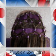 Haarnetje met kralen in Xandra's haar...