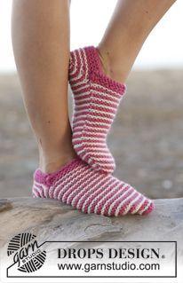 Stimmen Sie für die neue DROPS Kollektion! ~ DROPS Design Knitted Slippers, Slipper Socks, Drops Design, Nordic Design, Design Design, Fingerless Mitts, Winter Socks, Boot Cuffs, Knitting Socks