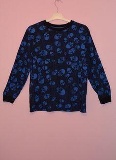 Kup mój przedmiot na #Vinted http://www.vinted.pl/kobiety/bluzki-z-dlugimi-rekawami/9862121-niebieska-granatowa-bluzka-bluza-z-czaszki-czachy