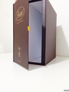 BOX PORTACATALOGHI | Rivestimento con carta Gmund