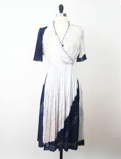 White Night Starry Japanese Vintage Dress https://www.etsy.com/listing/160041203/japanese-vintage-dress-70s-dress-white?ref=shop_home_active #vtg #vintage #fashion #dress #vintagefashion #vintagedress