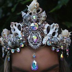 Sea shell crown
