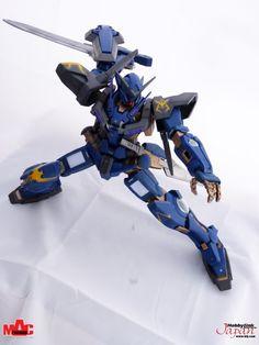Awesome custom Exia from Hummingbird Gundam Exia, Gundam Model, Hummingbird, Models, Awesome, Inspiration, Templates, Biblical Inspiration, Hummingbirds
