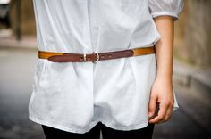 """""""Con maderas de recuerdos armamos las esperanzas"""", Miguel de Unamuno    Cinturón disponible en la #ESHOP  •  #madeinSpain #handmade #hechoamano #cinturones #cinturón #belt #cinturonesdemadera #cinturonesdemaderaypiel #accesorios #complementos #love #moda #fashion  #outfit  #modaespaña #style  #casual #casualstyle  #fashionshop #otoño #autumn #shoponline #tiendaonline #slowfashion #instafashion"""