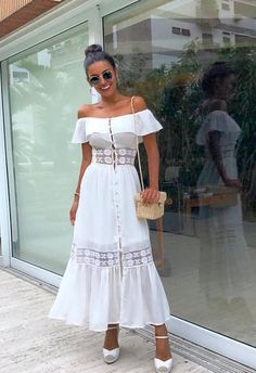 Hoje foi um daqueles dias que parecem ter 48 horas e eu acertei em cheio no vestidinho confortável pra acompanhar! Best Prom Dresses, Dressy Dresses, Cute Dresses, Beautiful Dresses, Dress Outfits, Fashion Dresses, Summer Dresses, Bohemian Mode, Hippie Chic