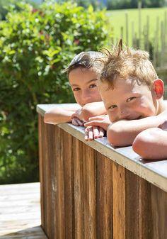 Badespass im Sommer // Bathing fun in summer Wood Watch, Bathing, Summer, Fun, Adventure, Wooden Clock, Bath, Summer Time, Swim