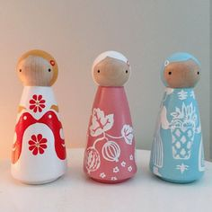 Check out our peg doll pattern selection for the very best in unique or custom, handmade pieces from our shops. Wood Peg Dolls, Clothespin Dolls, Vintage Pyrex Dishes, Turquoise Pattern, Doll Stands, Doll Crafts, Crafts For Kids, Summer Crafts, Grandmothers