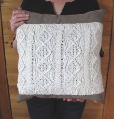 Easiest, Cheapest Cable-Knit Pillow Cover DIY | Random Housewifery