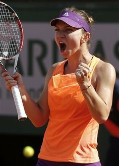 PARIS: Sharapova edges Halep for 2nd French Open title | Tennis | NewsObserver.com