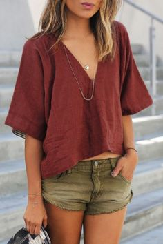 Boho fashion 824299538032976717 - Solid Color Casual Loose Cotton V-Neck Short-Sleeved T-Shirt Top Source by bepositiveTshirts Look Fashion, Fashion Outfits, Earthy Fashion, Indie Fashion, Fashion Fall, Fashion Shirts, Classy Fashion, Boho Fashion Summer, Korean Fashion