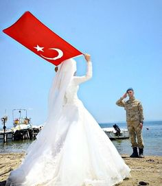 Türk Daddy Daughter Photos, Perfect Photo, Islam, Marriage, Couture, Beautiful, Instagram, Turkish Language, Turkey Country