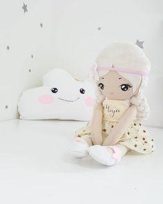 Maja Another custom order #handmade #handmadedoll #doll #heirloomdoll #clouds #cloudpillow #textiledoll #clothdoll #fabricdoll…