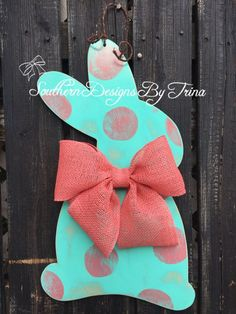 So simple but so elegant!! This side view bunny is the perfect door hanger for anyone who loves that vintage, rustic look! Everyone will fall in love with your door! Bunny is made out of 1/2 birch wood and painted in the dots pattern. I added the vintage look to it with sanding all over it and along the edges to give it that beautiful vintage look. If you dont like this pattern bit love the vintage look just leave in the note to seller section how you would like your bunny. I cam do it i...