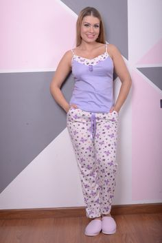Sleepwear Women, Pajamas Women, Ropa Interior Babydoll, Pajama Shorts, Short Outfits, Pjs, My Style, Womens Fashion, How To Wear