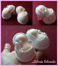 Zapatos: Foam Sheet Crafts, Foam Crafts, Diy Crafts For Gifts, Crafts For Kids, Mickey Shoes, Shoe Cupcakes, Frosting Flowers, Foams Shoes, Baby Shower Crafts