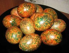 Paint eggs in an original way by Easter / Amazing Cooking Italian Easter Bread, Easter Egg Pattern, Egg Tree, Decoupage Tutorial, About Easter, Egg Decorating, Egg Shells, Holidays And Events, Food Art