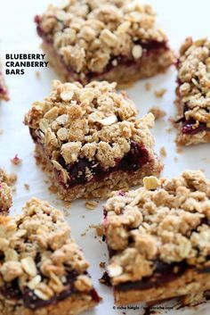 Cranberry Blueberry Crumb Bars. Easy Blueberry Bars. Crumble bars with blueberry cranberry chia layer, shortbread and oat crumb topping. Vegan Recipe.