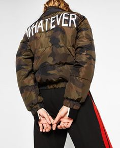 Image 7 of SHORT CAMOUFLAGE PRINT QUILTED COAT from Zara