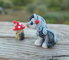 Shadows - Tiny pony 2017 (adopted on Ebay)