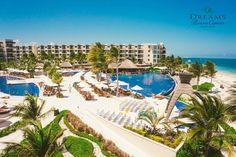 How would you like this to be your vacation view every day? Let us make that dream a reality at Dreams Riviera Cancun Resort & Spa in sunny Mexico!