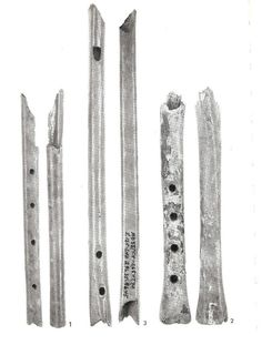 Music 10-11th century Haithabu, N-Germany flutes