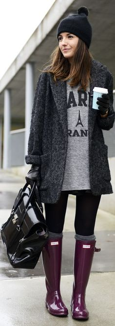 Winter outfit ideas. Grey and burgundy combination