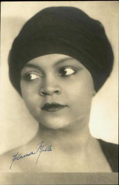 Florence Mills: Starred in blackbirds of 1928. Photo by S. Georges of Leicester. Via Lasca Satoris Tumblr