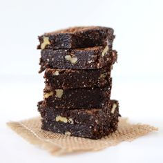 5 Minute Espresso Walnut Brownies   (A no bake, fudgy brownie that's refined sugar-, gluten-, and dairy-free)