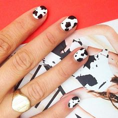 creating textile inspired nails with @sally_hansen ! this cow print is based on @adamselman printed overalls ❤️ featuring my excellent hand model @1800holly