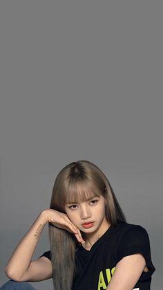 Check out Blackpink @ Iomoio Lisa Blackpink Wallpaper, Best Photo Poses, Black Pink Kpop, Blackpink Photos, Blackpink Fashion, Jennie Blackpink, Blackpink Lisa, Yg Entertainment, K Pop