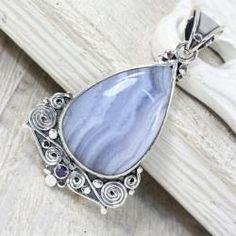 Srebrny wisiorek z agatem - Wisiory - Biżuteria Wire Wrapped Pendant, Marcel, Bracelets, Silver, Jewelry, Bangle Bracelets, Jewellery Making, Jewerly, Jewelery