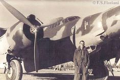 Floriani - Papa foto (Ita) Italian Empire, Italian Air Force, National History, Navi, Ww2 Aircraft, Royal Air Force, Aviators, World War Two, Warfare