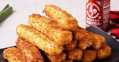 Standard mozzarella sticks are good. Crunchy cheese sticks that taste just like your favorite takeout Chinese appetizer. Yummy Appetizers, Appetizers For Party, Appetizer Recipes, Snack Recipes, Cooking Recipes, Snacks, Mozzarella Sticks, Air Fryer Recipes, Finger Foods