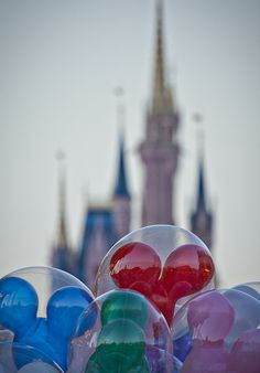 Did you know Disney will replace popped balloons in the park if you bring it to a balloon vendor?