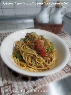 Spaghetti con broccoli, pancetta e pomodorini