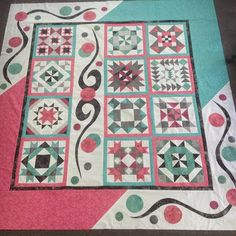 Cindy Peterson's media content and analytics Big Block Quilts, Mini Quilts, Quilt Blocks, Blue Quilts, Scrappy Quilts, Quilting Projects, Quilting Designs, Quilting Tips, Quilt Border