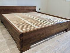 Wood Bed Design, Bedroom Bed Design, Master Bedroom, Platform Bed Designs, Wooden Bed Frames, Wood Joints, Diy Bed, Woodworking Furniture, Headboards For Beds