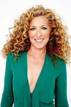 Kelly Hoppen: Queen of Taupe  She is a world-renowned British designer who has pioneered a simple yet opulent style that has permeated interior design at every level.