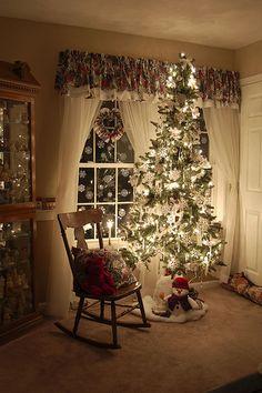 sweet cozy livingroom at Christmas