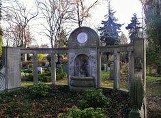 Adlons Grabstaette - alter Domfriedhof der St-Hedwigsgemeinde,Berlin